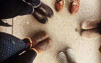 Fünf Paar Schuhe – fünf verschiedene Schwestern